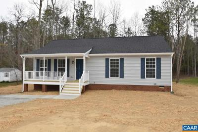 Louisa Single Family Home For Sale: 111 Summers Landing Ln