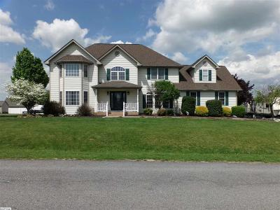Fishersville Single Family Home For Sale: 122 Emerald Heights Dr