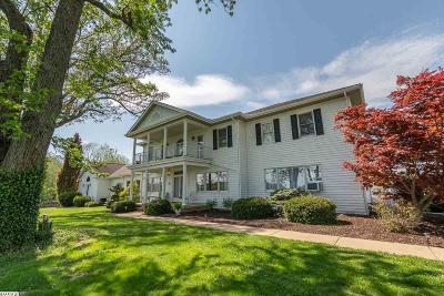 Staunton Single Family Home For Sale: 125 Berry Farm Rd