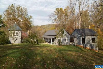 Charlottesville Single Family Home For Sale: 2075 Arrowhead Farm Ln
