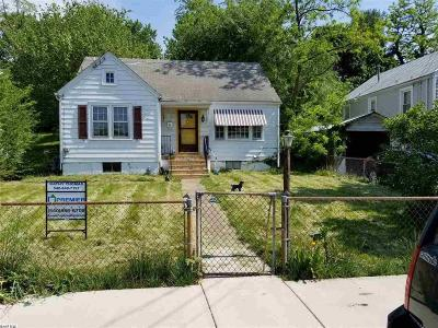 Staunton Single Family Home For Sale: 2011 W Beverley St