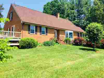 Charlottesville Single Family Home For Sale: 5048 Scottsville Rd
