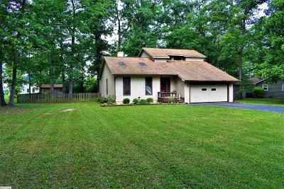 Augusta County Single Family Home For Sale: 149 Forest Springs Dr