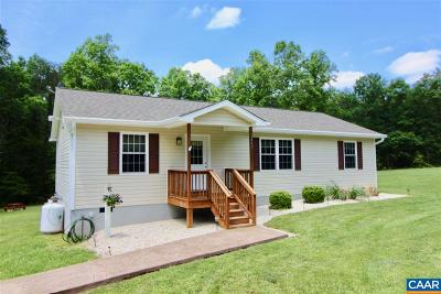 Louisa County Single Family Home For Sale: 2443 Chopping Rd