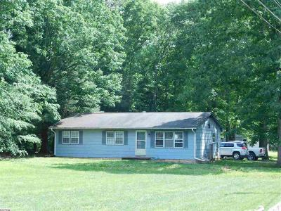 Augusta County Single Family Home For Sale: 26 Hutchinson Ln