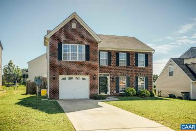 Louisa Single Family Home For Sale: 203 Apple Orchard Rd