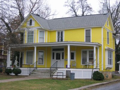 Harrisonburg Single Family Home For Sale: 111 Campbell St