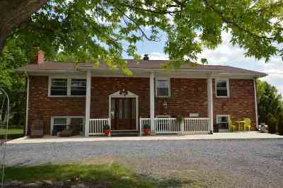 Shenandoah County Single Family Home For Sale: 5014 S Ox Rd