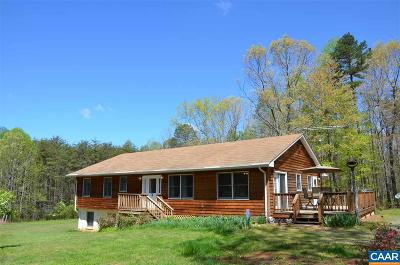 Louisa Single Family Home For Sale: 2589 Oakland Rd