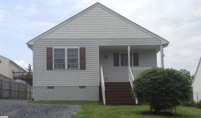 Waynesboro Single Family Home For Sale: 1032 4th St