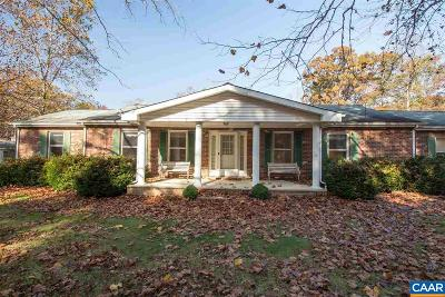 Louisa County Single Family Home For Sale: 527 Halls Store Rd