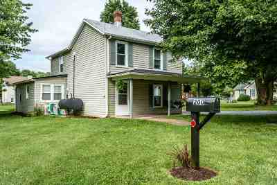 Rockingham County Single Family Home For Sale: 200 Eighth St