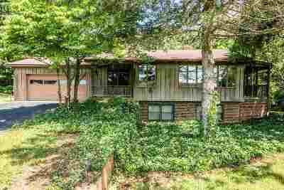 Single Family Home For Sale: 594 Gravels Rd