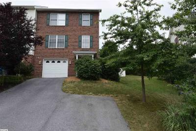 Harrisonburg Townhome For Sale: 563 Pointe Dr