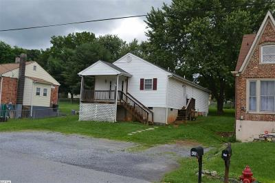 Staunton VA Single Family Home For Sale: $139,000