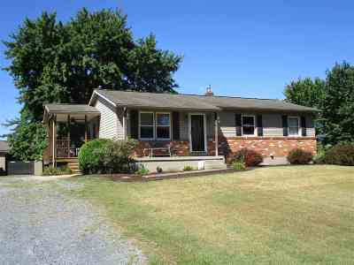 Dayton Single Family Home For Sale: 8135 Robinson Rd