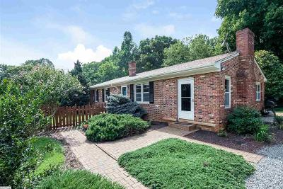 Single Family Home For Sale: 176 League Ln