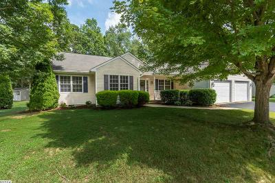 Single Family Home For Sale: 186 Ceocia Ln