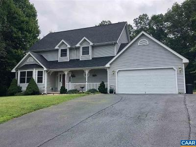 Augusta County Single Family Home For Sale: 172 Beagle Gap Run