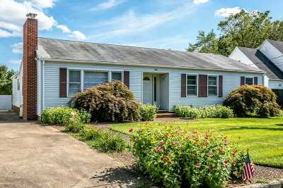 Harrisonburg VA Single Family Home For Sale: $309,900