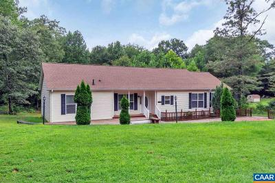 Louisa County Single Family Home For Sale: 313 Columbia Rd