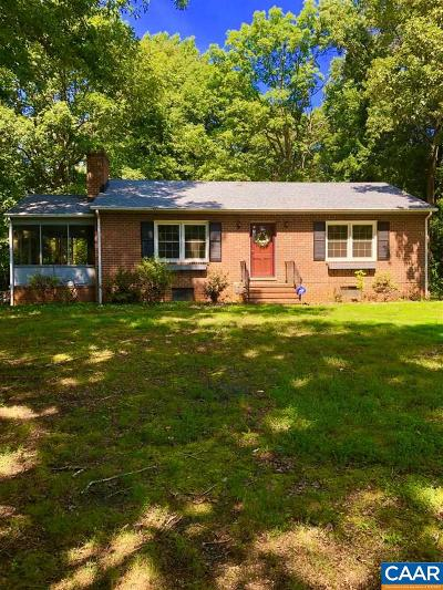 Fluvanna County Single Family Home For Sale: 5389 James Madison Hwy