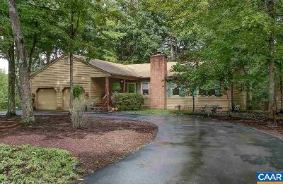 Palmyra Single Family Home For Sale: 36 Ponderosa Ln