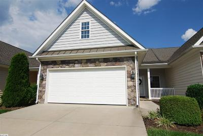 Townhome For Sale: 38 Brown Stone Dr
