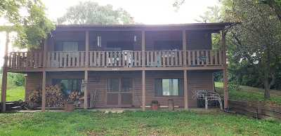 Shenandoah County Single Family Home For Sale: 1967 Old Valley Pike