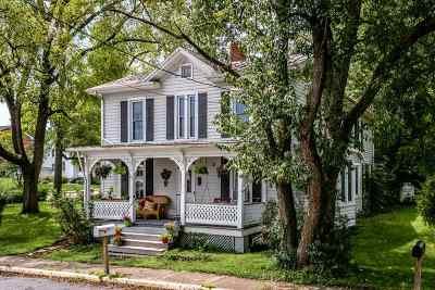 Dayton Single Family Home For Sale: 215 High St