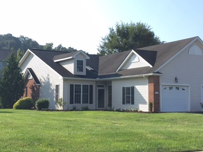 Townhome Sold: 338 Spring Oaks Dr