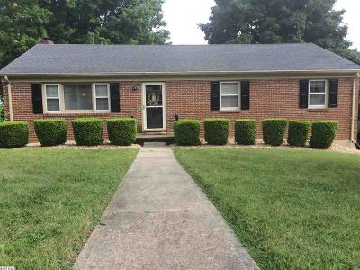 Staunton Single Family Home For Sale: 111 Fox Hill Dr