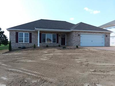 Augusta County Single Family Home For Sale: 125 Briar Creek Cir