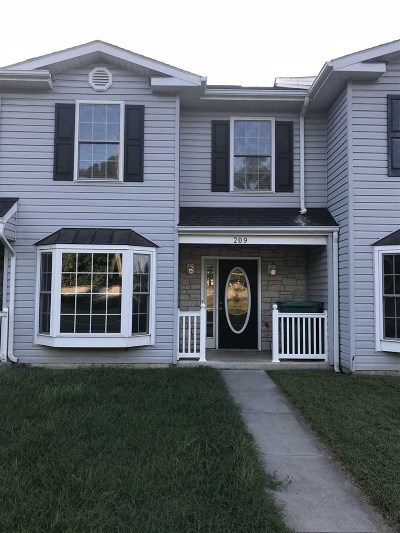 Rockingham County Townhome For Sale: 209 Aspen Ave