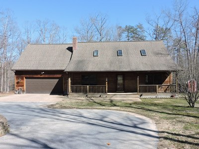 Stuarts Draft Single Family Home For Sale: 126 Courtney Woods Ln