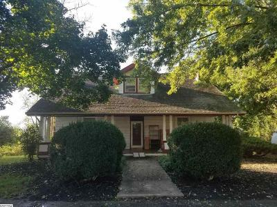 Stuarts Draft Single Family Home For Sale: 19 West High St