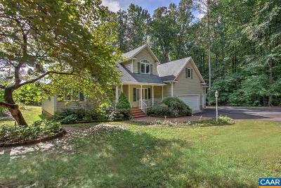 Louisa County Single Family Home For Sale: 364 Oakleigh Ln
