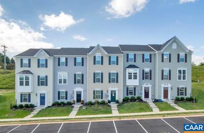 Charlottesville Townhome For Sale: 106e Pocoson Wood Ct