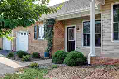 Harrisonburg, Mcgaheysville, Elkton, Bridgewater, Broadway Townhome For Sale: 1119 Royal Ct