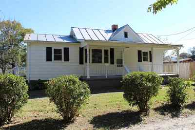 Single Family Home For Sale: 260 Purdham Hill Rd