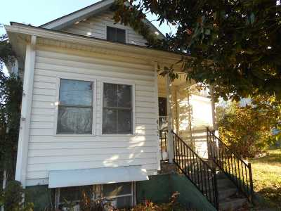 Waynesboro VA Single Family Home For Sale: $59,900