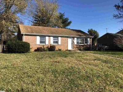 Waynesboro VA Single Family Home For Sale: $139,900