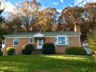 Staunton Single Family Home For Sale: 914 Grove Ln