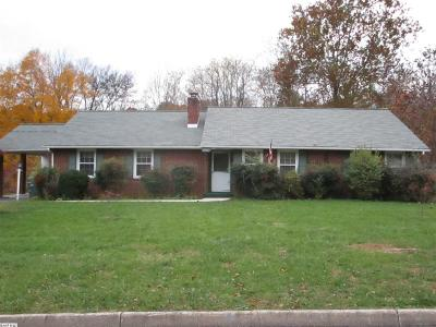 Waynesboro VA Single Family Home For Sale: $219,900