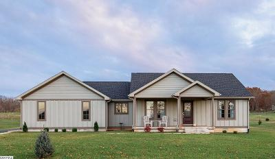Single Family Home For Sale: 23 Solstice Springs Ln