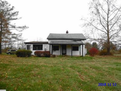Lyndhurst Single Family Home For Sale