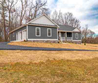 Waynesboro VA Single Family Home For Sale: $399,900