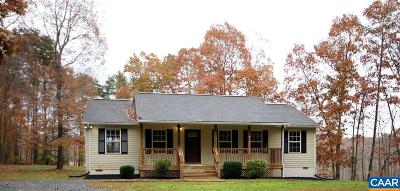 Louisa Single Family Home For Sale: 1243 Vawter Corner Rd