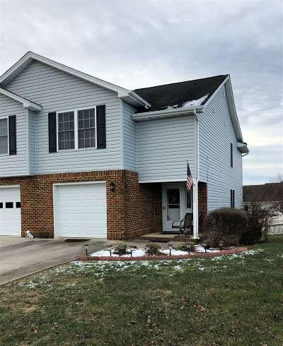 Harrisonburg Townhome For Sale: 2210 Lake Terrace Dr