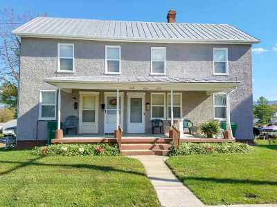 Single Family Home For Sale: 204 N Hawksbill St